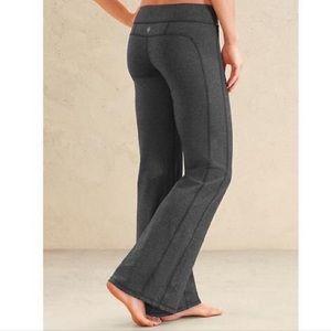 Athleta Grey Kickbooty Yoga Pants